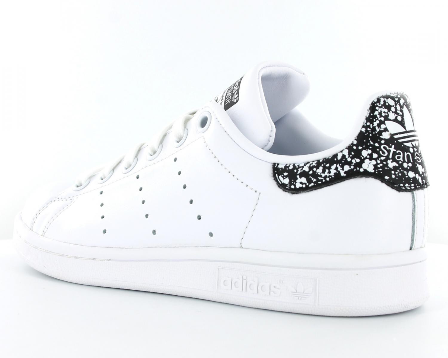 stan smith femme blanche et or