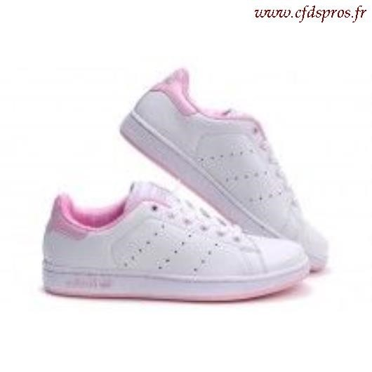 stan smith rose pale et blanche